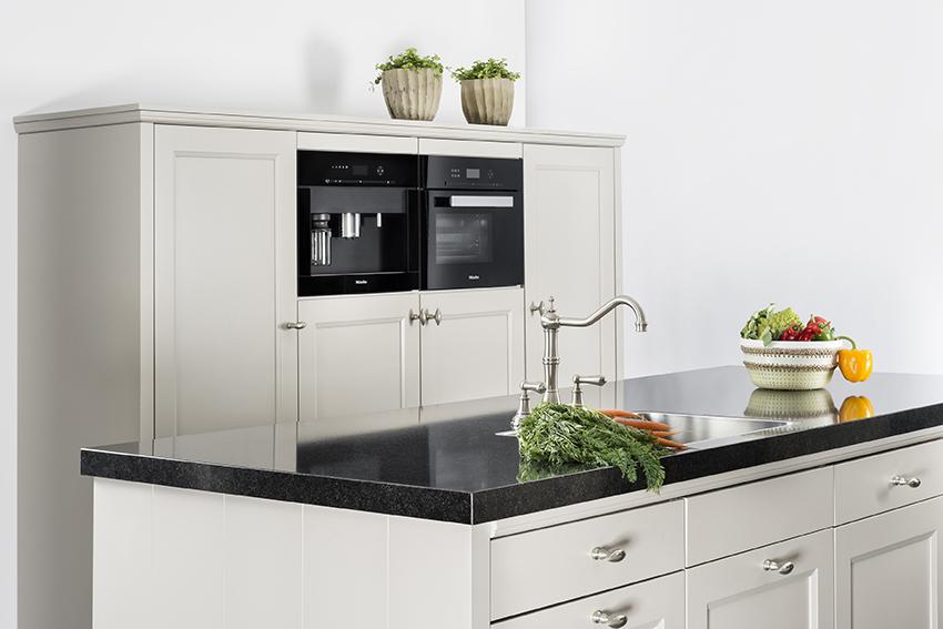 Beda Keukens Showroom : Beda keukens dealers overige showroomkeuken massief eiken keuken