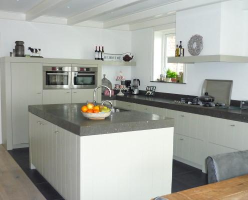 Maatwerk houten keuken