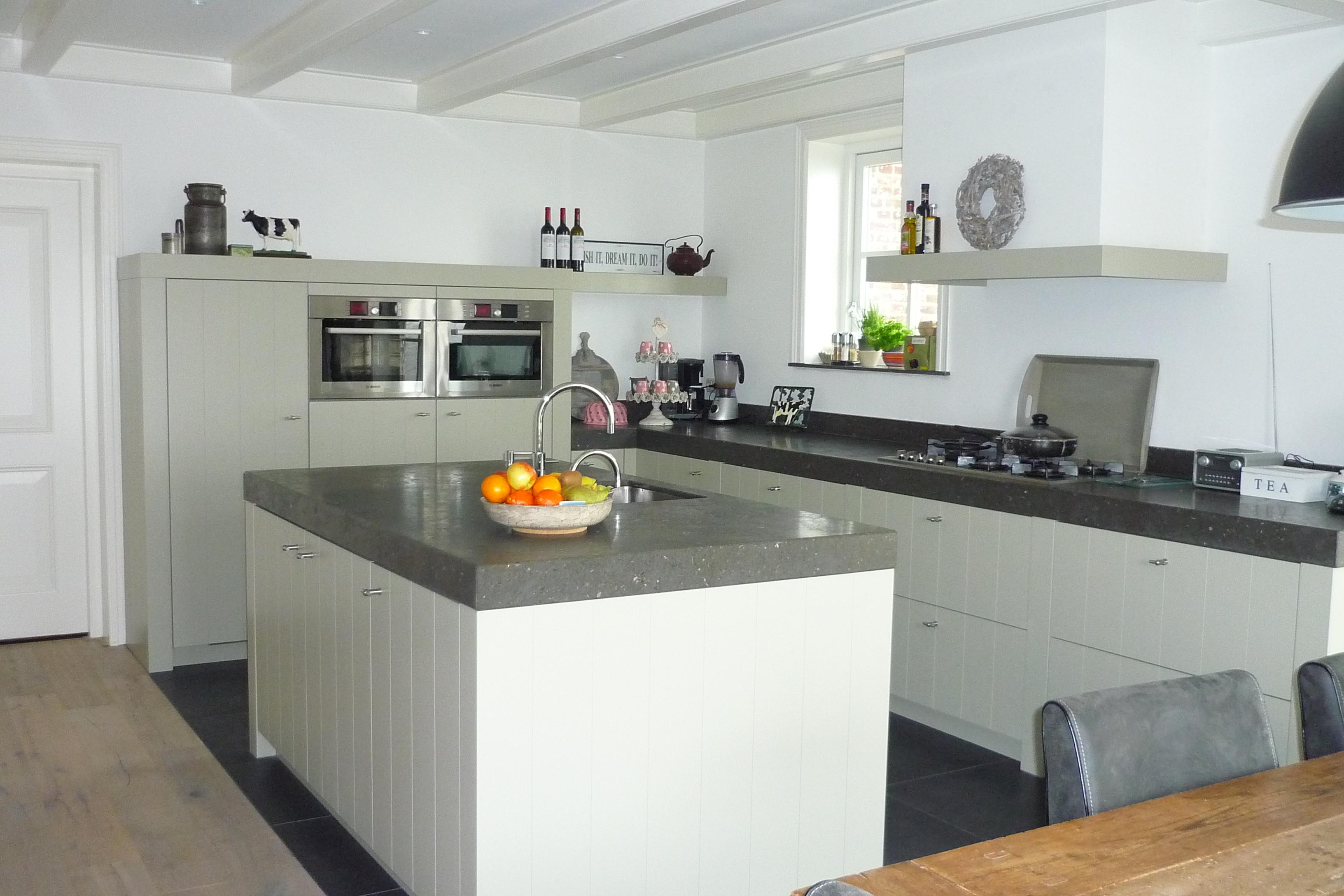 Hoogglans witte keukenkastjes : hoogglans witte keukenkast ...